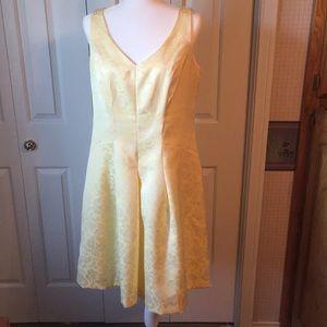 Yellow dress, lined